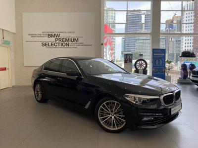 BMW 5 Series  (2018)