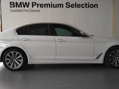 BMW 320i  (2015)