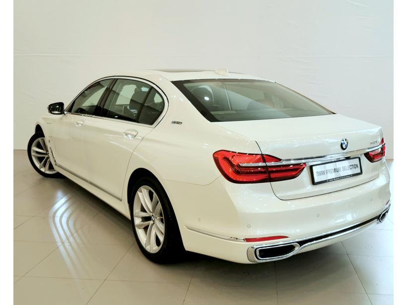 BMW 7 Series 740Le