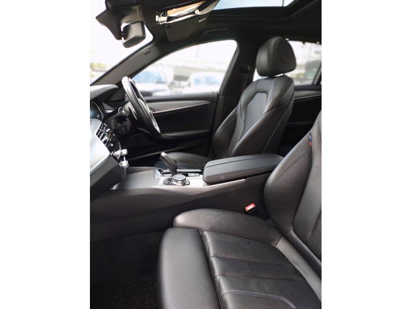 BMW 530i G30 Sedan 4dr M Sport SA 8sp RWD 2.0DiTsc (CKD)