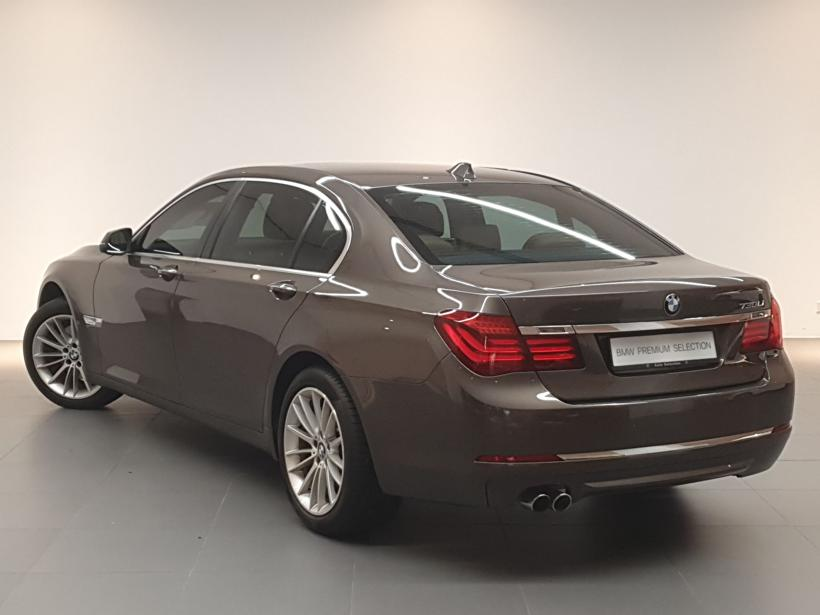 BMW 730Li F02 Sedan 4dr Steptronic 8sp RWD 3.0i